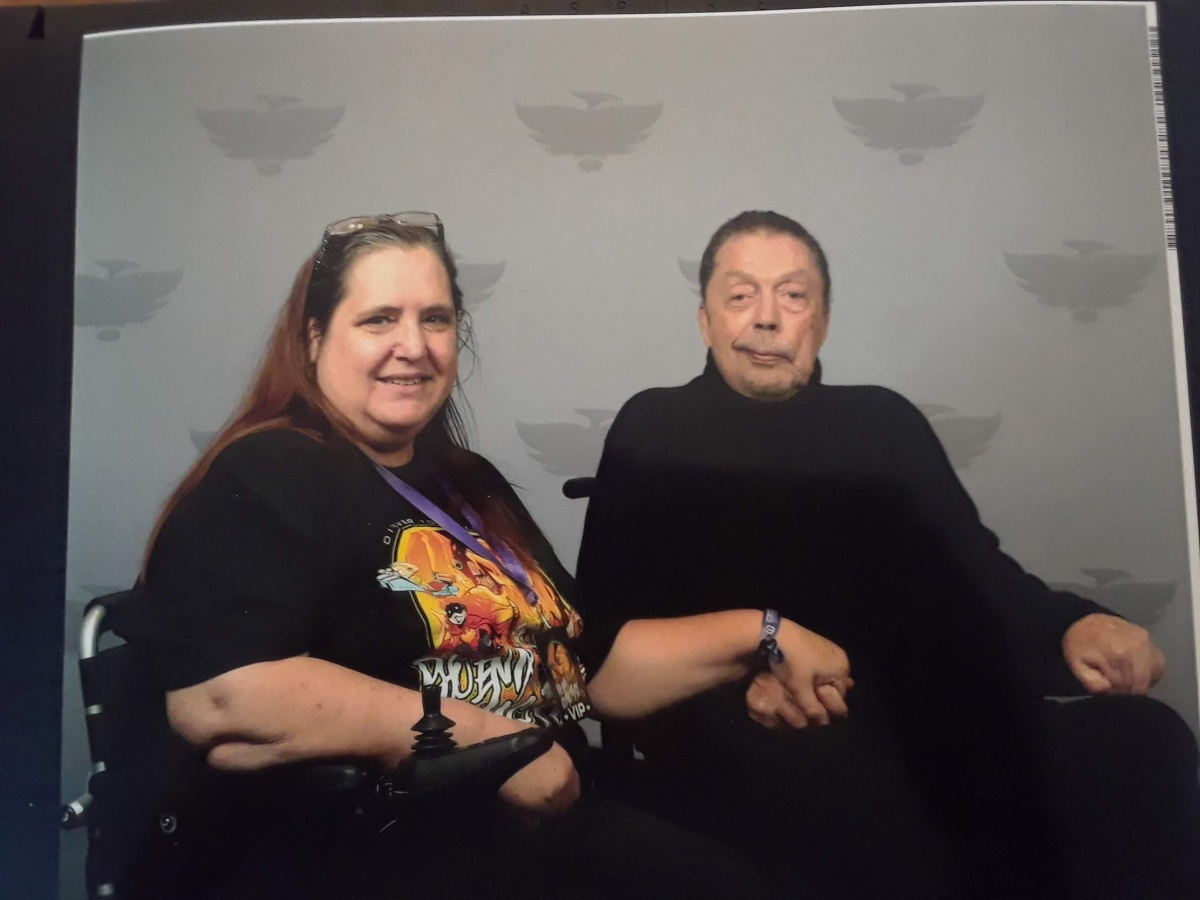 Phoenix Comic Fest and Holding Hands with Tim Curry
