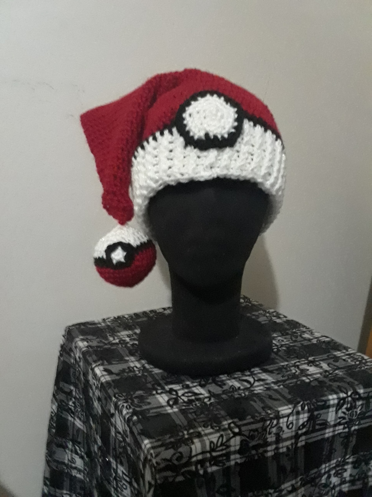 Starting a little late – so have a Pokeball Santa hat pattern!